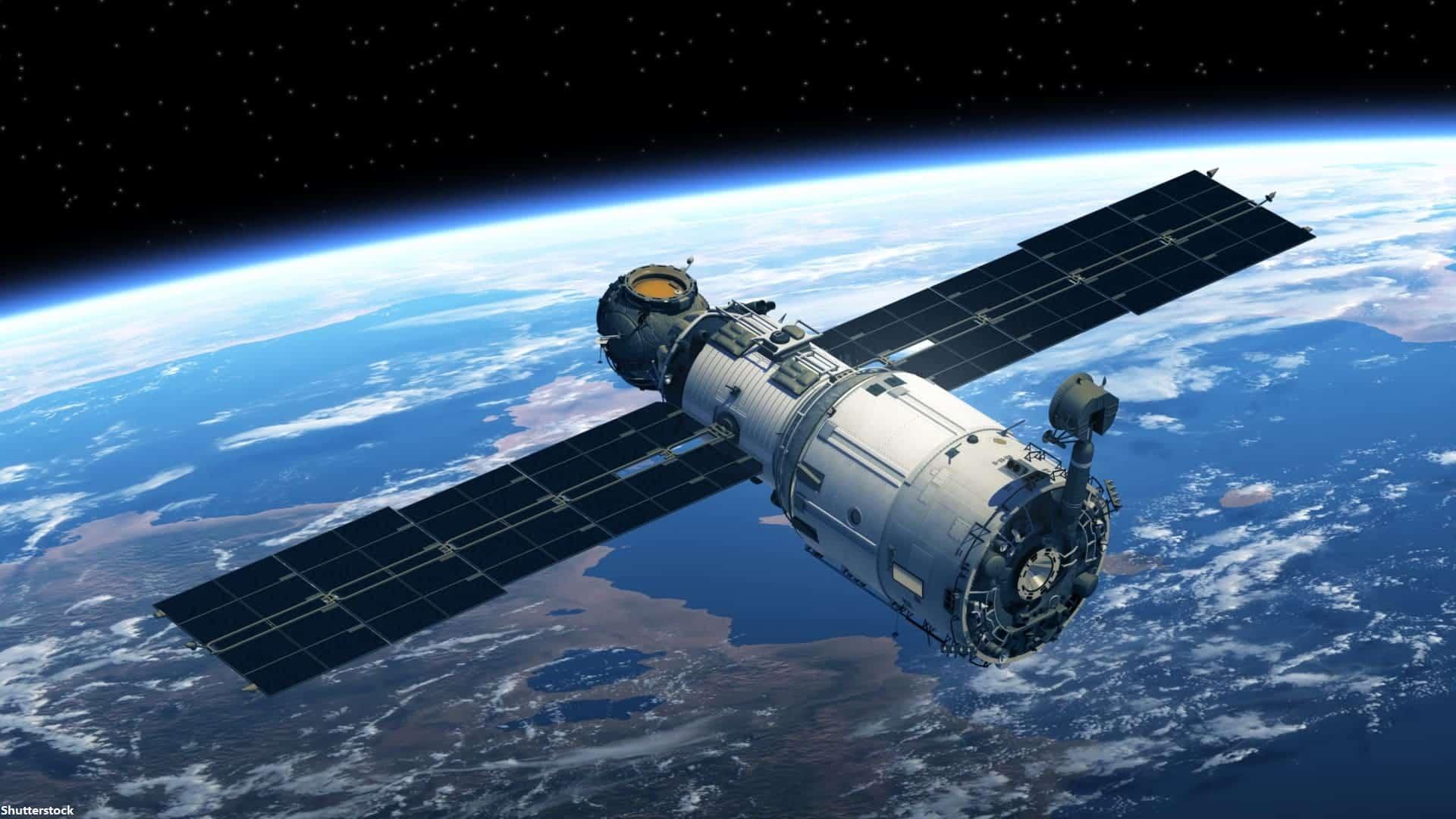 hackear satélites